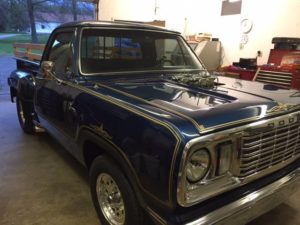 blue-pickup-truck-2